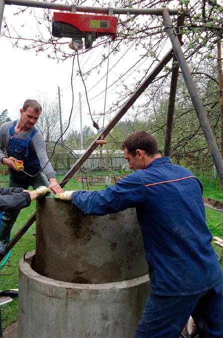 Как мы углубляем колодец в Ясногородском районе